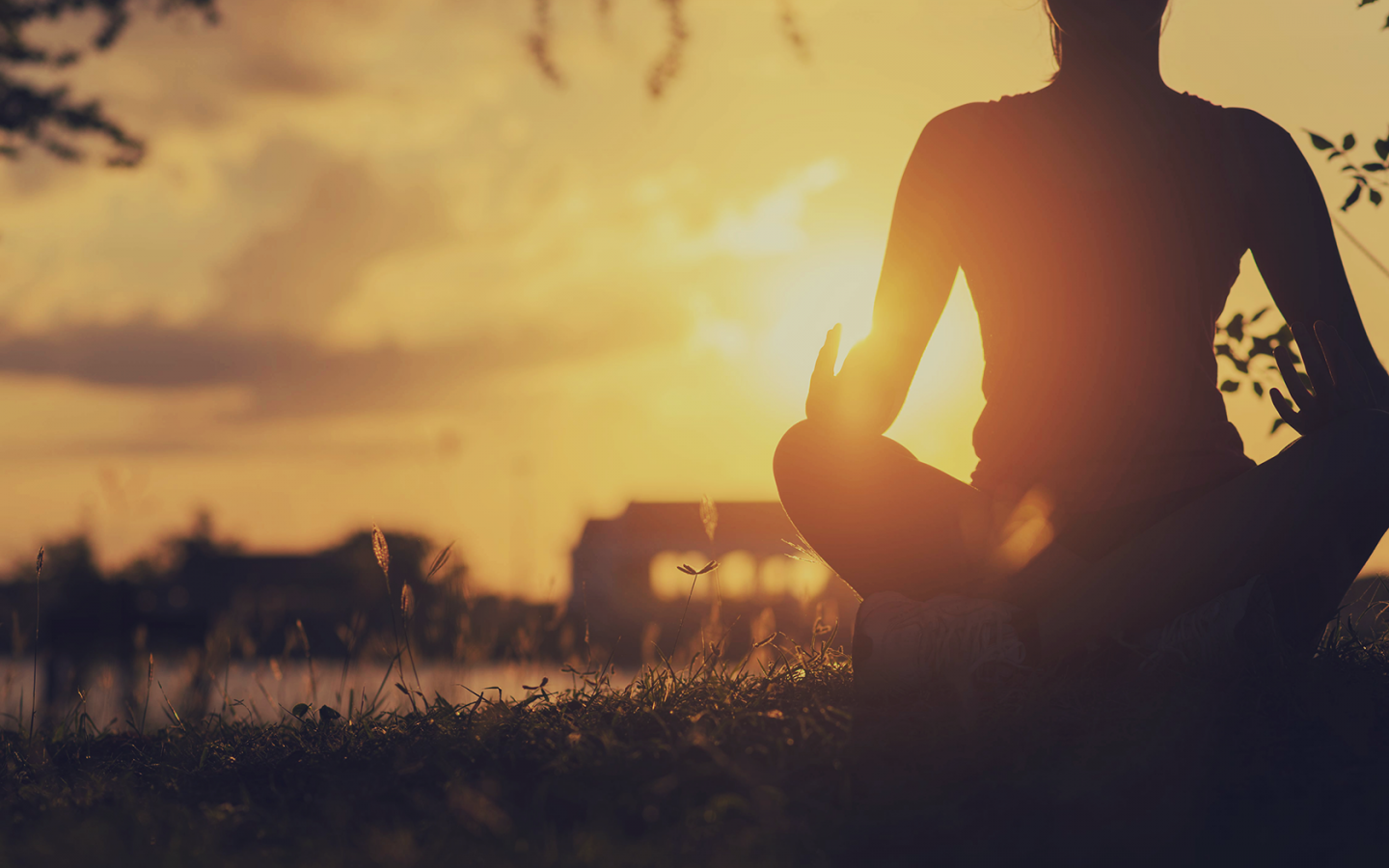 6 Athletic Performance Benefits of Yoga & How to Achieve Them