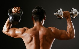 Learn the 5 Differences between Kettlebell and Dumbbell