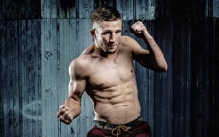 Training with MMA Pro TJ Dillashaw