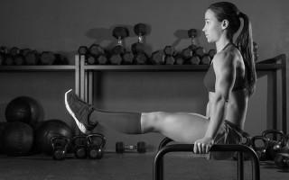 7 Upper Body Bodyweight Exercises For Core Strength