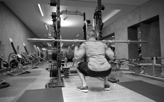 Defranco Fitness Tips: Performing the Proper Squat
