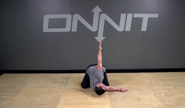 Alternating Kneeling Arm Thread Bodyweight Exercise