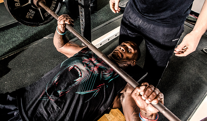 7 Essential Tips to the Barbell Bench Press for Athletes