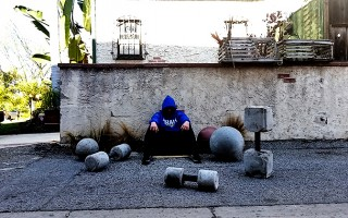 Build a Low Cost Unconventional Gym for your Home Workouts