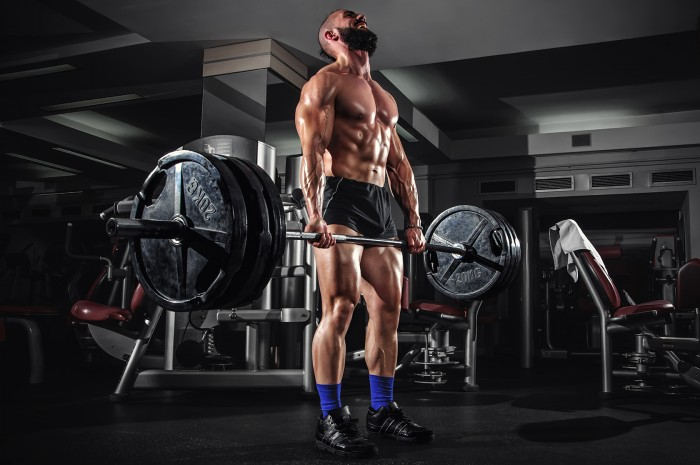 How to Deadlift: Straight Bar vs. Trap Bar Deadlift ...