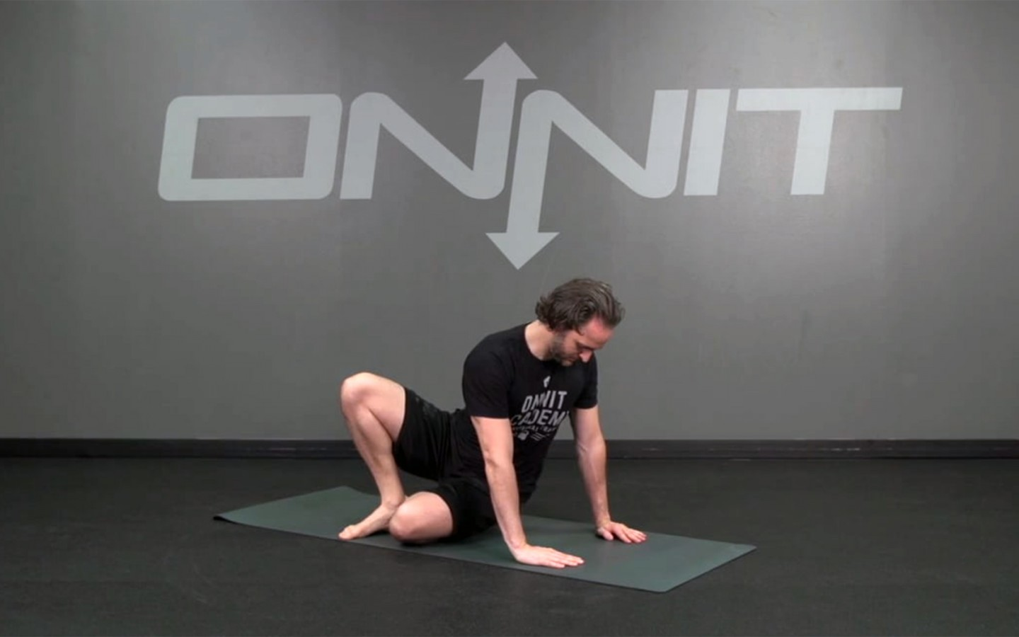Twist and Sit Knee Bodyweight Exercise