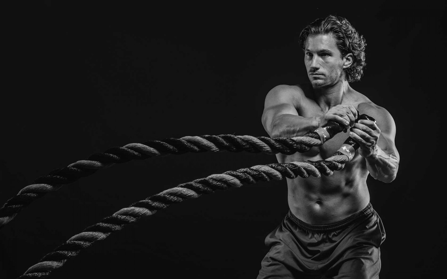 23 Battle Ropes Exercises to Burn More Fat