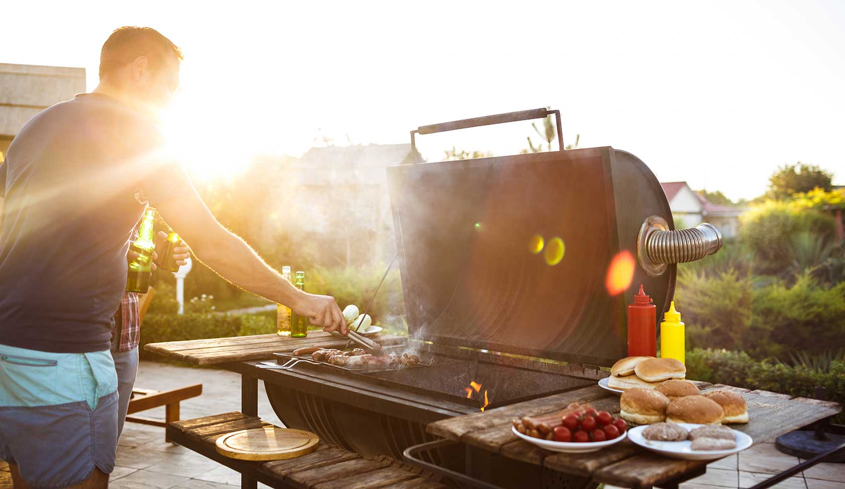 How To Have A Healthy 4th Of July And Not Turn Your 6-Pack Into A Keg
