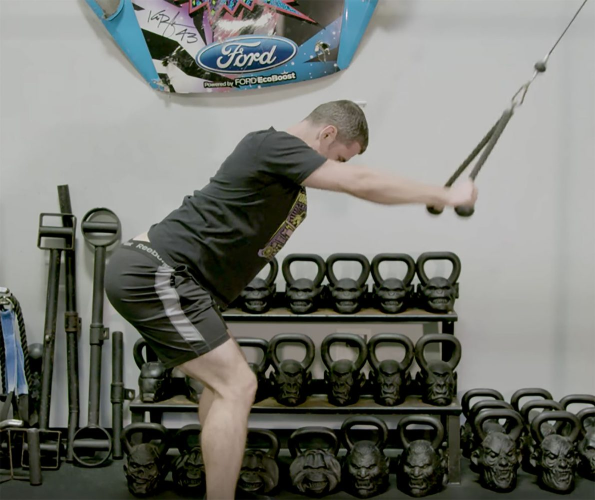 Master This Move: The Straight-Arm Pulldown